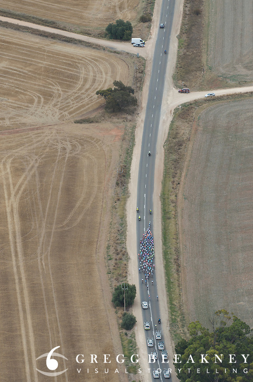Approach to Clare Valley - 2012 Santos Tour Down Under - Stage 1 Helicopter Aerials - Adelaide