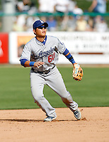 Chin-Lung Hu - Los Angeles Dodgers - 2009 spring training.Photo by:  Bill Mitchell/Four Seam Images