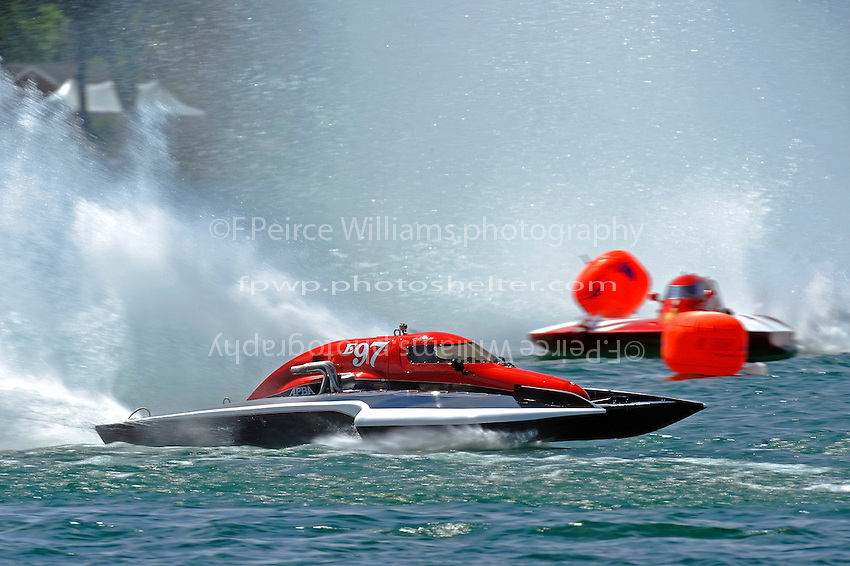 "Todd Liddycoat, E-97 ""Team Extreme"" and Joe Less, E-500 ""Cents Less 14"" (5 Litre class hydroplane(s)"