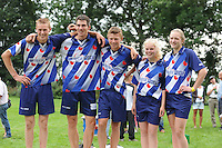 FIERLJEPPEN: GRIJPSKERK: 15-08-2015, winnaars eindklassement v.l.n.r. Oane Galama (heren), Sytse Bokma (junioren), Jarich Wijnstra (jongens), Marrit van der Wal (dames), Maureen Poiesz (meisjes), ©foto Martin de Jong