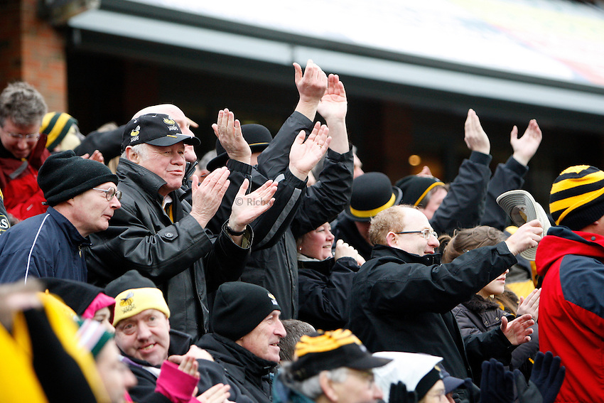 Photo: Richard Lane/Richard Lane Photography..Leicester Tigers v London Wasps. Guinness Premiership. 29/03/2008. Wasps fans celebrate a try.