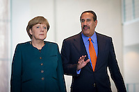 Berlin, Bundeskanzlerin Angel Merkel (CDU,l.) und der Premierminister des Emirats Katar, Scheich Hamad bin Jassim bin Jabor Al Thani im Bundeskanzleramt, zu einer Pressekonferenz mit dem Premierminister des Staates Katar,Deutschland - April 16: . (Photo by Timur Emek/commonlens)