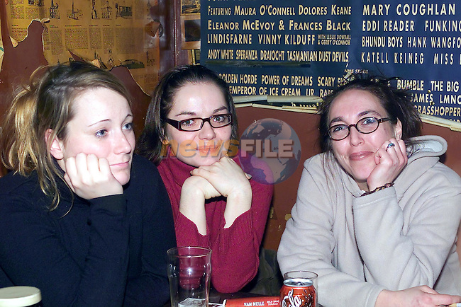 Katherine wegner, Ines Pankalla and Marita Synowzek enjoying the music in carbreys bar..Picture Fran Caffrey Newsfile.