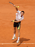 Robin Soderling (SWE) (23) against Roger Federer (SUI) (2) in the Final of the Men's Singles. Federer beat Soderling 6-1 7-6 6-4..Tennis - French Open - Day 15 - Sun 7th June 2009 - Roland Garros - Paris - France..Frey Images, Barry House, 20-22 Worple Road, London, SW19 4DH.Tel - +44 20 8947 0100.Cell - +44 7843 383 012