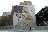 21.03.2019 - Prefeitura faz remoção de grafite na Praça das Artes em SP