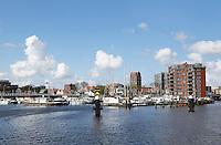 Nederland Zaandam 2016 04 17.  Haven aan de Zaan bij het centrum van Zaandam. Foto Berlinda van Dam / Hollandse Hoogte