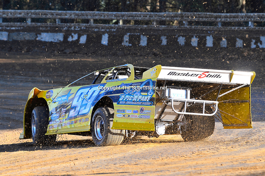 Feb 16, 2014; 4:39:05 PM; Ocala, FL., USA; The Third Annual Bubba Army Winter Nationals World Of Outlaws Super Late Models paying $12,000 to win at Bubba RaceWay Park.  Mandatory Credit: (thesportswire.net)
