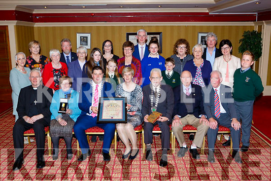 Killarney Mayor Niall Kelleher presents Sr Orlaith Tracey the Monsignor Hugh O'Flaherty humanitarian award in the Killarney Avenue Hotel on Saturday night