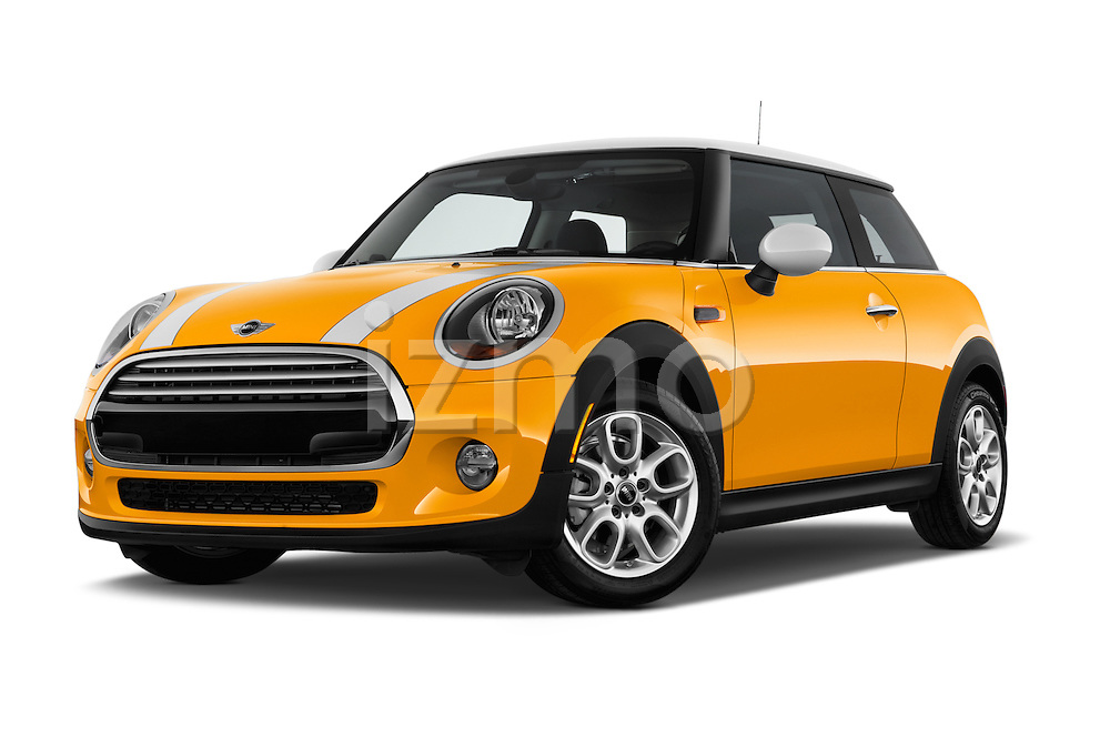 Low aggressive front three quarter view of a 2014 MINI Cooper Hardtop 3 Door Hatchback