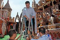 SAO PAULO, SP, 15 DE FEVEREIRO 2012 - VISTORIA SAMBODROMO - Prefeito Gilberto Kassab realiza vistoria na manha dessa quarta-feira, 15 no sambodromo onde na proxima sexta-feira inicia o carvanal da capital paulsita FOTO: VANESSA CARVALHO - BRAZIL PHOTO PRESS.