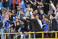 BOGOTA - COLOMBIA -30 -07-2016: Hinchas de Millonarios protestan por el mal desempeño de su equipo durante el encuentro entre Millonarios y Rionegro Águilas por la fecha 6 de la Liga Aguila II 2016 jugado en el estadio Nemesio Camacho El Campin de la ciudad de Bogota./ Fans of Millonarios portest for the bad game of their team during the match between Millonarios and Rionegro Aguilas for the date 6 of the Liga Aguila II 2016 played at the Nemesio Camacho El Campin Stadium in Bogota city. Photo: VizzorImage / Gabriel Aponte / Staff.