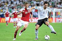 LVIV, UCRANIA, 17 JUNHO 2012 - EURO 2012 - ALEMANHA X DINAMARCA - Mats Hummels  jogador da Alemanha disputa bola contra a Dinamarca em partida pelo terceira rodada do grupo B da Euro 2012 em Lviv na Ucrania neste domingo, 17. (FOTO: PIXATHLON / BRAZIL PHOTO PRESS).