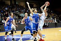 GRONINGEN - Basketbal, Donar - Landstede Martiniplaza, Dutch Basketbal League, seizoen 2018-2019, 06-12-2018, /Donar speler Grant Sitton met Landstede speler Mike Schilder