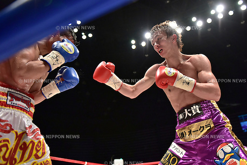 (R-L) Ryoichi Taguchi (JPN), Kwanthai Sithmorseng (THA),<br /> MAY 6, 2015 - Boxing :<br /> Ryoichi Taguchi of Japan and Kwanthai Sithmorseng of Thailand during the eighth round of the WBA light flyweight title bout at Ota-City General Gymnasium in Tokyo, Japan. (Photo by Hiroaki Yamaguchi/AFLO)