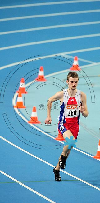 Leichtathletik - DHM 2009 Deutsche Hallenmeisterschaften - ARENA Leipzig - Track and Field - im Bild: 400m Vorlauf - der Tauchaer Martin Böhme läuft einsam hinterher...Norman Rembarz, Holbeinstr. 14, 04229 Leipzig, Hypo-Vereinsbank, BLZ: 86020086, Kto: 357889472, Ust. ID.: DE 256991963 St. Nr.: 231/261/06432 !!!!!!  Honorar zuzüglich 7 % Mwst !!!!!!!!