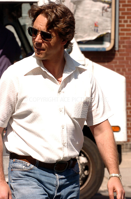 WWW.ACEPIXS.COM . . . . .  ....August 9, 2006, Brooklyn. ....Russell Crowe on the set of 'American Gangster' directed by Ridley Scott. ......Please byline: AJ Sokalner - ACEPIXS.COM..... *** ***..Ace Pictures, Inc:  ..(212) 243-8787 or (646) 769 0430..e-mail: info@acepixs.com..web: http://www.acepixs.com