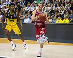 26.09.2019, EWE Arena, Oldenburg, GER, easy Credit-BBL, EWE Baskets Oldenburg vs s.Oliver Würzburg, im Bild<br /> Skyler BOWLIN (s.Oliver Würzburg #12 ) Gerry BLAKES (EWE Baskets Oldenburg #4 )<br /> Foto © nordphoto / Rojahn