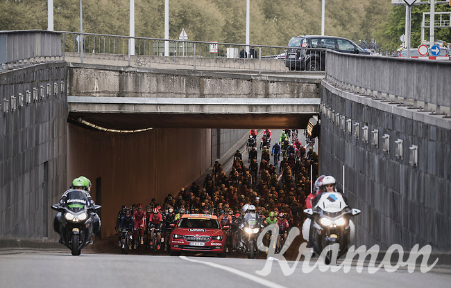 Peloton leaving Li&egrave;ge<br /> <br /> 103rd Li&egrave;ge-Bastogne-Li&egrave;ge 2017 (1.UWT)<br /> One Day Race: Li&egrave;ge &rsaquo; Ans (258km)