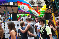 - Milano, Christopher Street Day, organizzato dalle associazioni del movimento tlgb.- Milan, Christopher Street Day, organizade by tlgb associations movement
