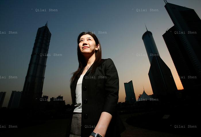 Zhang Hua, Banker
