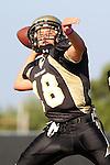 Palos Verdes, CA 10/20/11 - Shane Scott (Peninsula #18) in action during the Leuzinger vs Peninsula JV football game.