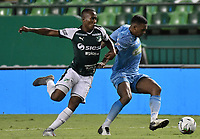 PALMIRA - COLOMBIA, 20-07-2019: Andrres Balanta del Cali disputa el balón con Sebastian Ayala de Jaguares durante partido entre Deportivo Cali y Jaguares de Córdoba por la fecha 2 de la Liga Águila II 2019 jugado en el estadio Deportivo Cali de la ciudad de Palmira. / Andrres Balanta of Cali vies for the ball with Sebastian Ayala of Jaguares during match between Deportivo Cali and Jaguares de Cordoba for the date 2 as part Aguila League II 2019 played at Deportivo Cali stadium in Palmira city. Photo: VizzorImage / Gabriel Aponte / Staff