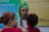 RIO DE JANEIRO, RJ, 23.04.2018 - RELIGIÃO-RJ - Movimentação de Fiés na celebração em homanagem ao dia de São Jorge na Praça da República no centro do Rio de Janeiro na manhã desta segunda-feira, 23. (Foto: Vanessa Ataliba/Brazil Photo Press)