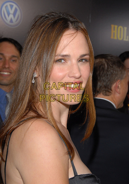 "JENNIFER GARNER.The ""Hollywoodland"" Premiere held at The Academy of Arts and Science in Beverly Hills, California on .September 7th, 2006.Ref: DVS.headshot portrait.www.capitalpictures.com.sales@capitalpictures.com.©Debbie VanStory/Capital Pictures"