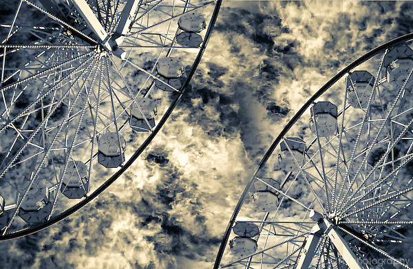 Symmetrical abstract of Ferris wheel.