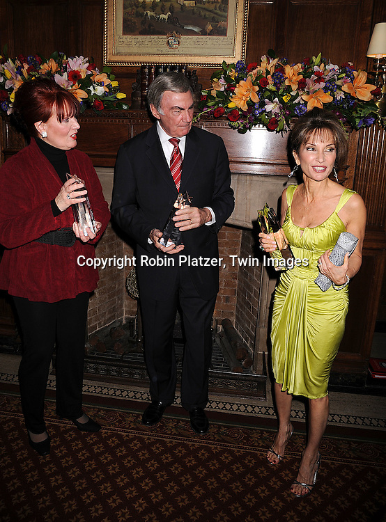 Maureen McGovern, Sam Donaldson and Susan Lucci.at The American Federation of Television and Radio Artists Dinner honoring jounalist Sam Donaldson, actress Susan Lucci and singer Maureen McGovern with The AMEES Awards which stands for The Aftra Media and Entertainment Excellence Awards. The event was on .January 28, 2008 at Gotham Hall in New York City. ..Robin Platzer, Twin Images