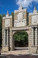 Espagne, Navarre, Pampelune, Parc de la Taconera, Porte de la Taconera // Spain, Navarra, Pamplona,   Gardens of La Taconera, Gateway of La Taconera