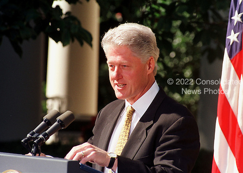 "United States President Bill Clinton makes a statement prior to vetoing the Republican's 792 billion dollar tax cut on September 23, 1999.  He called on Congress to approve ""tax relief we can afford"" by the end of the year.  Clinton rejected the tax bill because it would ""turn us back to the failed policies of the past"".  He also said he wanted to work with GOP leaders on an alternative plan ""that reflects the priorities of both parties and the values of the American people""..Credit: Ron Sachs / CNP"