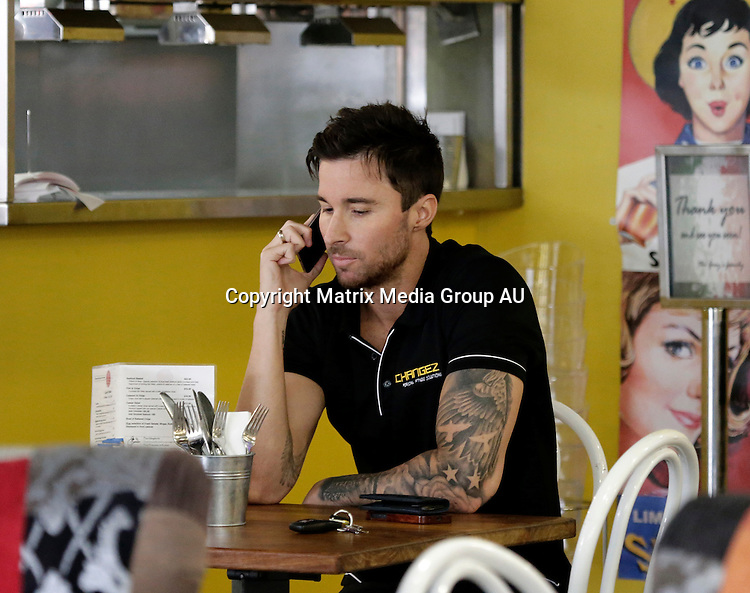 8 OCTOBER 2015 BRISBANE QLD<br /> <br /> EXCLUSIVE PICTURES<br /> <br /> Michael Turnbull pictured on a coffee run in Brisbane.