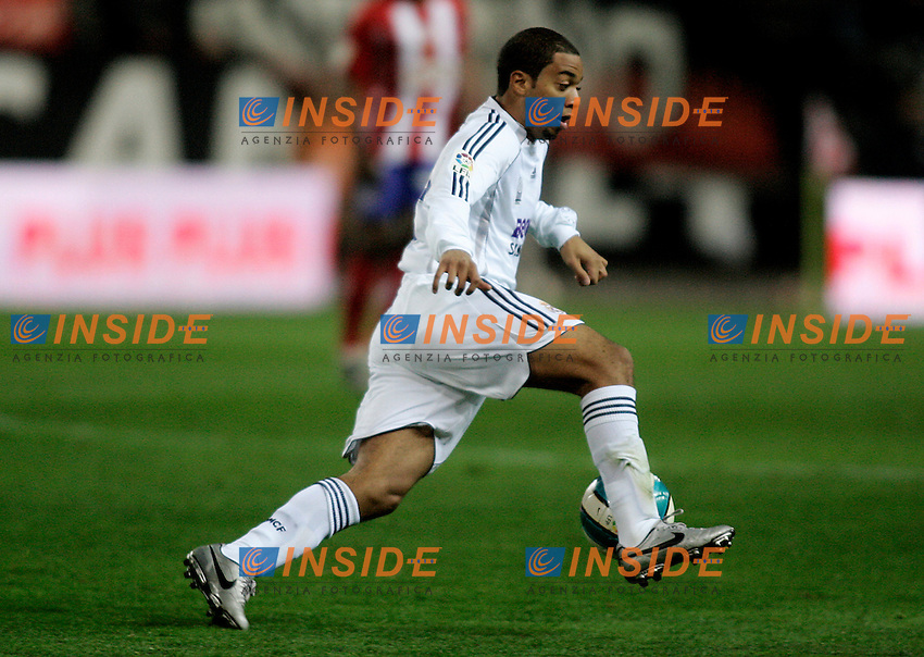 Real Madrid's Marcelo Vieira during  the Spanish League match between Atletico de Madrid and Real Madrid at Vicente Calderon Stadium in Madrid, Saturday February 24 2007. (INSIDE/ALTERPHOTOS/B.echavarri).