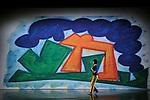 PRESENT TENSE (2003 – 20 min)Chorégraphie Trisha Brown / Conception visuelle et scénographie Elizabeth MurrayMusique originale John Cage / Lumières Jennifer TiptonRéinterprétation des costumes Elizabeth Cannond'après le concept original d'Elizabeth MurrayAvec Cecily Campbell, Marc Crousillat, Olsi Gjeci, Leah Ives, Tara Lorenzen, Jamie Scott, Stuart ShuggCompagnie : Trisha Brown CompanyLieu : Théâtre de ChaillotVille : ParisDate : 04/11/2015© Laurent Paillier / photosdedanse.com