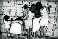 Comunidade Tukano próximo ao rio  Curucuriarí.<br /> São Gabriel da Cachoeira, Amazonas, Brasil.<br /> Paulo Santos/Interfoto<br /> 1997