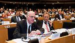 Bruessel - Belgien, 20. Januar 2014; <br /> MdB Prof. Dr. Norbert LAMMERT (li), Praesident des Deutschen Bundestages, nimmt im Rahmen einer Bundestagsdelegation teil an der Interparlamentarischen Konferenz zur wirtschaftlichen Steuerung der EU (siehe Artikel 13 des EU-Fiskalvertrags); hier: im kleinen Plenarsaal des Europaeischen Parlaments mit MdB Norbert BARTHLE (re)(CDU/CSU), Leiter der Bundestagsdelegation; <br /> Photo: &copy; Horst Wagner / DBT; <br /> Tel.: +49 179 5903216; <br /> horst.wagner@skynet.be