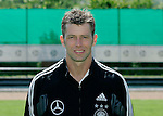 Fussball INTERNATIONAL EURO 2004 Nationalmannschaft ; DFB ; Deutschland, FOTOTERMIN    Trainer Michael Skibbe