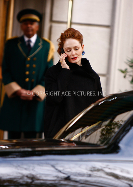 WWW.ACEPIXS.COM . . . . .  ....November 2 2007, New York City....Actress Miranda Otto on the Manhattan set of the Television series 'Cashmere Mafia'....Please byline: AJ Sokalner - ACEPIXS.COM..... *** ***..Ace Pictures, Inc:  ..te: (646) 769 0430..e-mail: info@acepixs.com..web: http://www.acepixs.com
