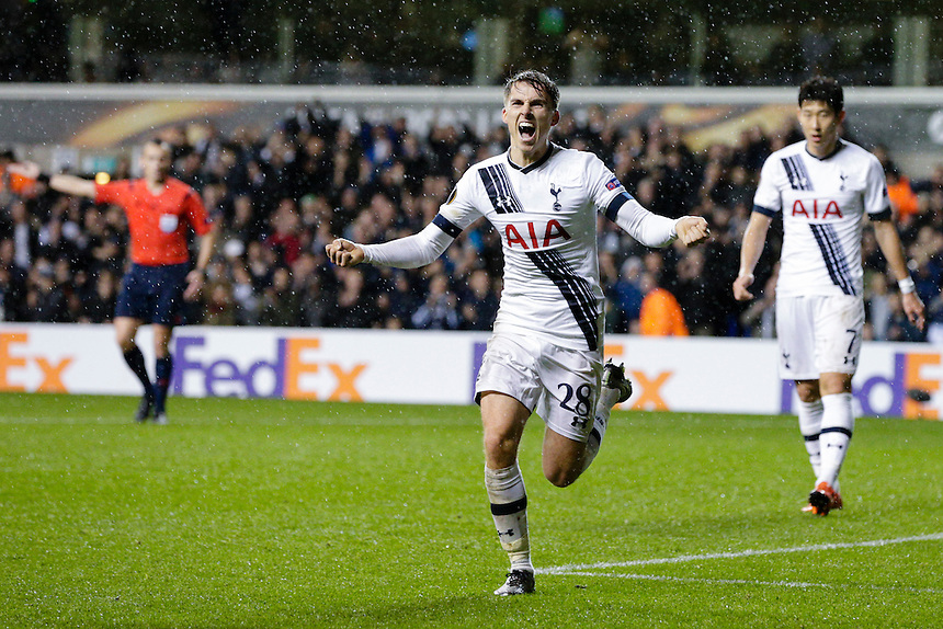 GOAL CELEBRATION - Tottenham Hotspur's Tommy Carroll celebrates scoring his sides fourth goal <br /> <br /> Photographer Craig Mercer/CameraSport<br /> <br /> Football - UEFA Europa LeagueGroup G  - Tottenham Hotspur v Monaco - Thursday 10th December 2015 - White Hart Lane - London<br /> <br /> &copy; CameraSport - 43 Linden Ave. Countesthorpe. Leicester. England. LE8 5PG - Tel: +44 (0) 116 277 4147 - admin@camerasport.com - www.camerasport.com