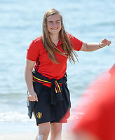20180302 - LARNACA , CYPRUS :  Belgian Davinia Vanmechelen pictured during a Muscular warm up training session on the beach before a women's soccer game between The Belgian Red Flames and Spain , on friday 2 March 2018 on the CTO Beach in Larnaca , Cyprus . The game will be the second game in group B for Belgium during the Cyprus Womens Cup , a prestigious women soccer tournament as a preparation on the World Cup 2019 qualification duels. PHOTO SPORTPIX.BE | DAVID CATRY