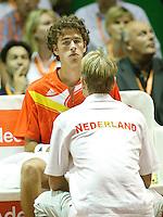 21-9-07, Netherlands, Rotterdam, Daviscup NL-Portugal, Robin Haase wordt toegesproken door captain Jan Siemerink