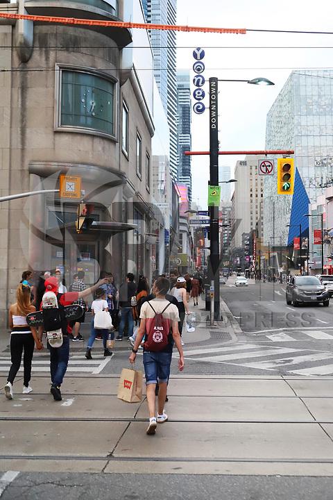 TORONTO, CAN, 22.09.2019 - TURISMO-TORONTO - Movimentação na região da nova Prefeitura, centro de Toronto, neste domingo, 22. (Foto Charles Sholl/Brazil Photo Press)
