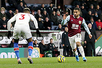 Burnley's Aaron Lennon looks to take on Crystal Palace's Patrick van Aanholt<br /> <br /> Photographer Rich Linley/CameraSport<br /> <br /> The Premier League - Burnley v Crystal Palace - Saturday 30th November 2019 - Turf Moor - Burnley<br /> <br /> World Copyright © 2019 CameraSport. All rights reserved. 43 Linden Ave. Countesthorpe. Leicester. England. LE8 5PG - Tel: +44 (0) 116 277 4147 - admin@camerasport.com - www.camerasport.com