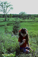 MD02-006z  Meadow - child exploring
