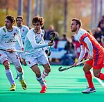 ROTTERDAM -  Marc Serrahima (Spain) met Jeroen Hertzberger (NED)   tijdens   de Pro League hockeywedstrijd heren, Nederland-Spanje (4-0) . COPYRIGHT KOEN SUYK