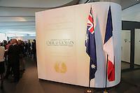 - VERNISSAGE DE LíEXPOSITION 'LíåIL ET LA MAIN' A L'AMBASSADE D'AUSTRALIE