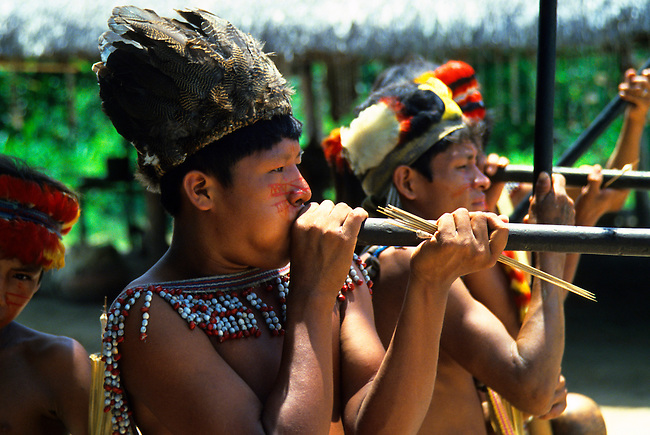 AMAZON RIVER, JIVARO INDIANS WITH BLOWGUNS