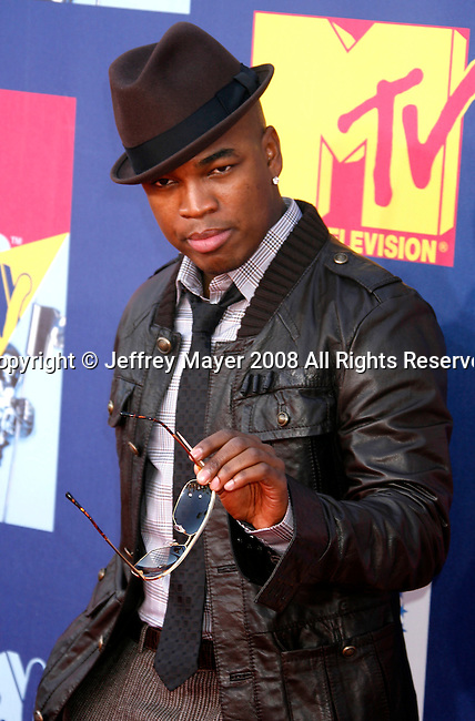LOS ANGELES, CA. - September 07: Rapper Ne Yo arrives at the 2008 MTV Video Music Awards at Paramount Pictures Studios on September 7, 2008 in Los Angeles, California.