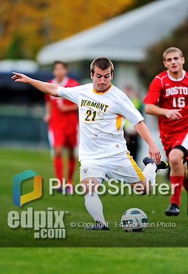 12 October 2011: University of Vermont Catamount Midfielder Evan Hodge, a Sophomore from Antelope, CA, in action against the Boston University Terriers at Centennial Field in Burlington, Vermont. The Catamounts were edged out 1-0 by the visiting Terriers. Mandatory Credit: Ed Wolfstein Photo